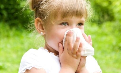 Аллергия у девочки на мазь Доктор МОМ<sup>®</sup>