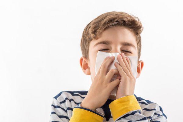 Что можно дать от кашля ребенку 7 лет?