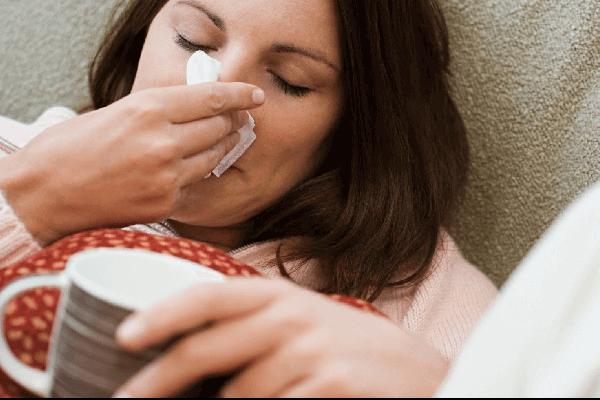 Насморк при простуде у взрослых